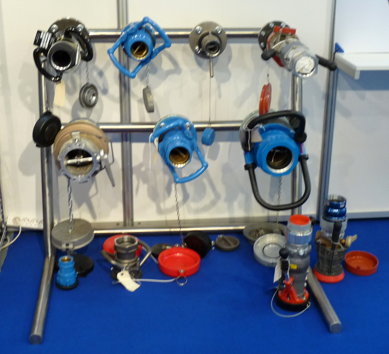 exhibition photo couplings